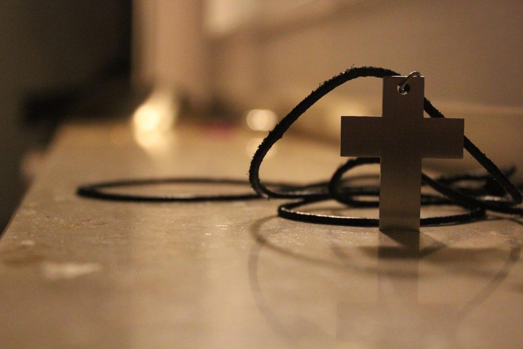 Oración a Dios para ganar un juicio